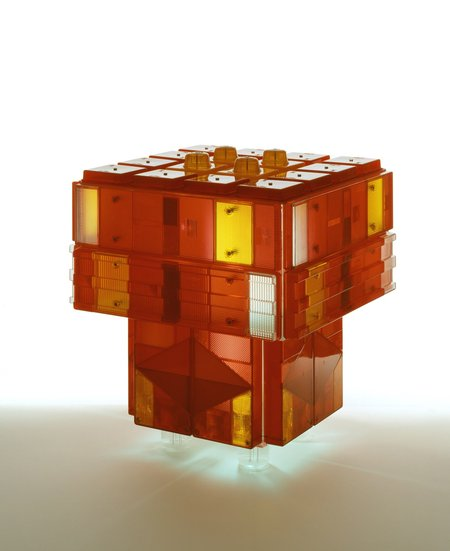 <p><strong>Stuart Haygarth</strong> Table Tail Light 2012</p>